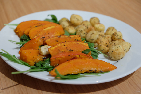 Vegan Challenge - Roasted pumpkin and potato with rucola