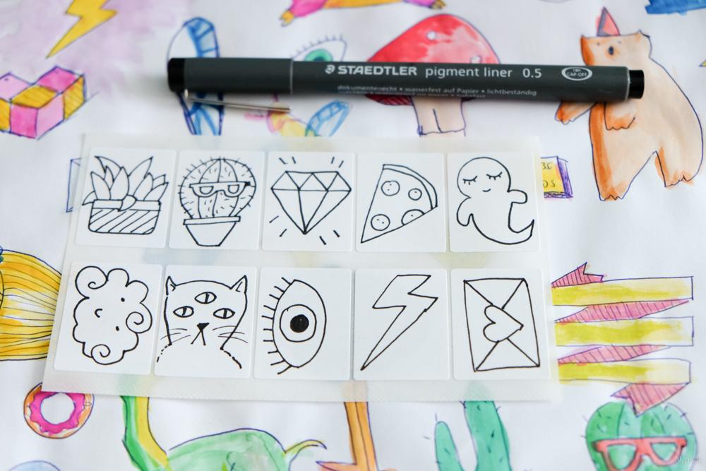 Zelf stickers maken door eerst met een fineliner te tekenen