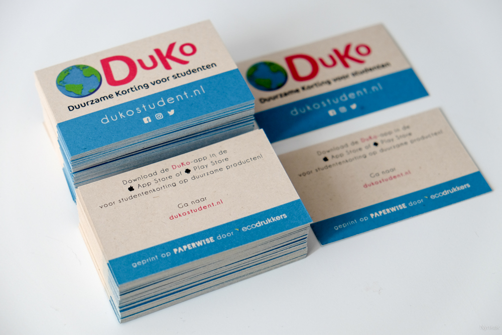 Duko visitekaartjes waar ook een sticker met activatiecode op past