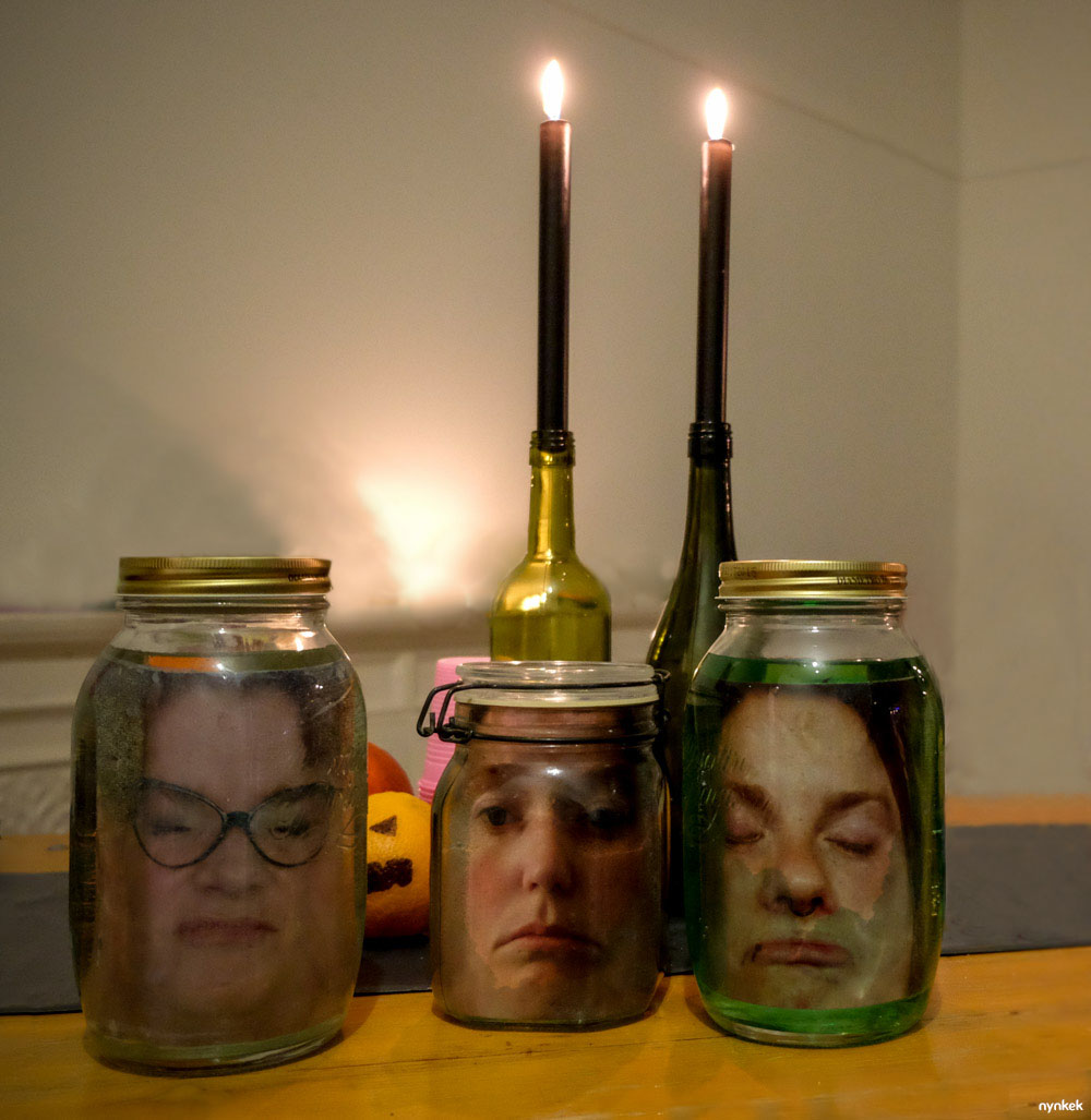 Diy hoofd op sterk water voor halloween nynkek - Decoratie voor halloween is jezelf ...