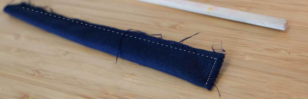Stap 6. Knip een strook uit en vouw die dubbel.