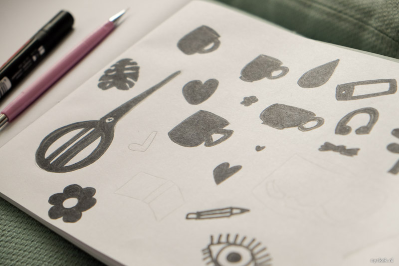 schetsen van dingen die ik als patroon wil gaan zeefdrukken