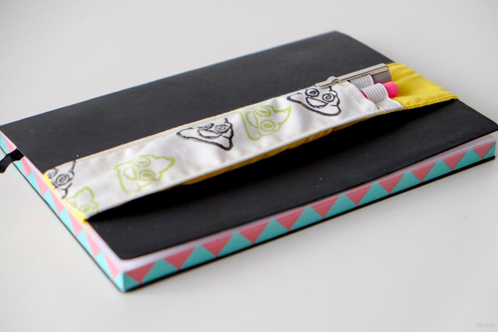 Pennenhouder voor op je notitieboekje met elastiek zelf maken